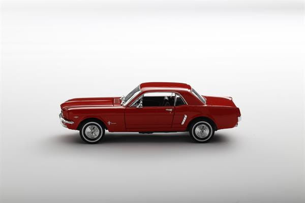 Welly_1964_12_Ford_Mustang_rot_124_2.jpg