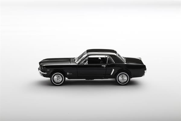 Welly_1964_12_Ford_Mustang_Coupe_124_1.jpg