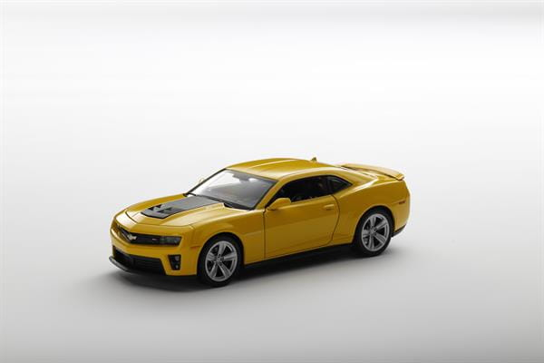 Welly_Chevrolaet_Camaro_ZL1_gelb_124_3.jpg