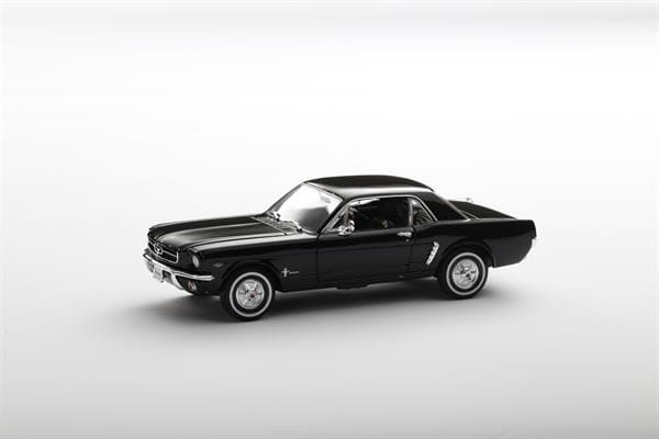 Welly_1964_12_Ford_Mustang_Coupe_124_2.jpg