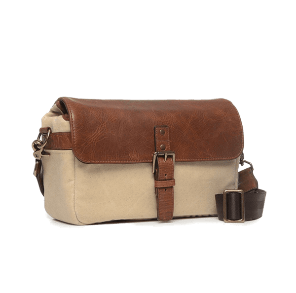 ONA_Bowery_Tasche_Natural_Canvas__Antique_Congnac_Leder_seitlich.png